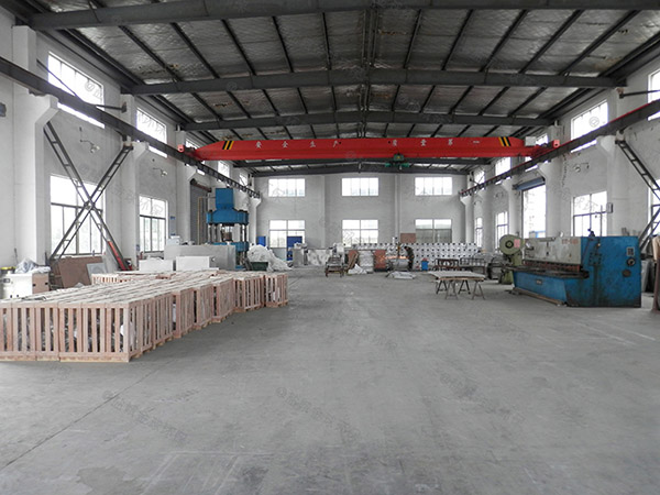 厨房用3.1米*1.2米*1.85米不锈钢除渣隔油一体机内部结构