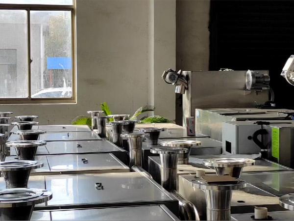 工地食堂不锈钢自动化油水分离提升设备哪里好
