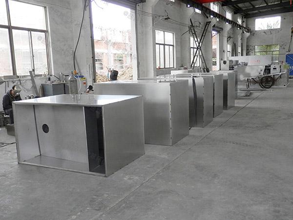 商家地下式机械隔油污水提升设备升级改造